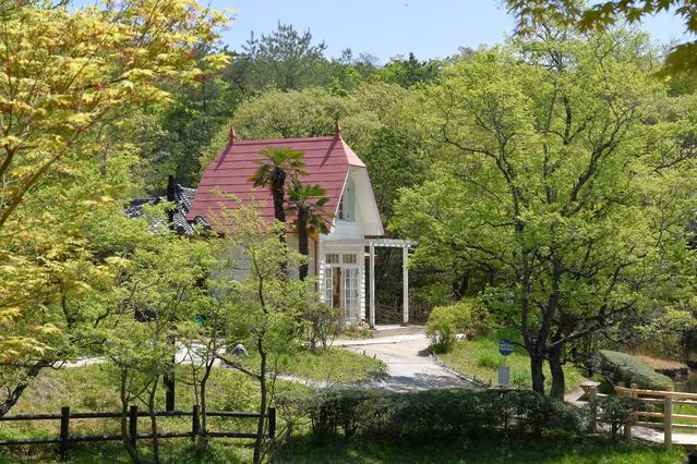 サツキとメイの家 image