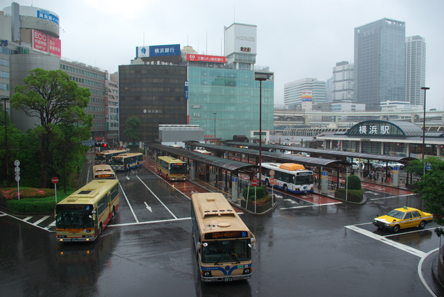 横浜駅前 image
