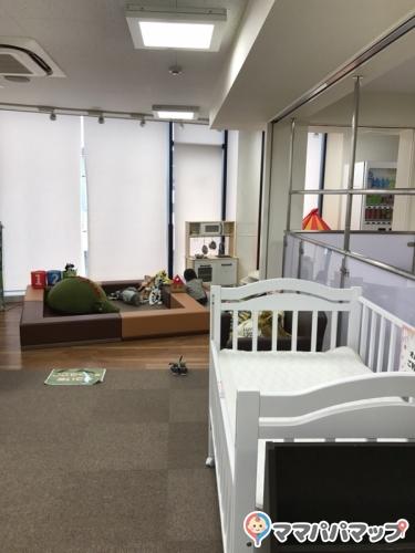 ドコモショップ下北沢南口店(1F)