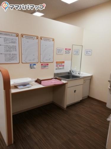 イオン津山店(2階 赤ちゃん休憩室)