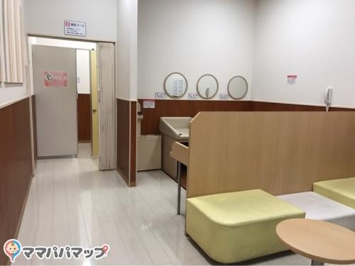 イオンモール草津(2F レイクサイドトイレ横)