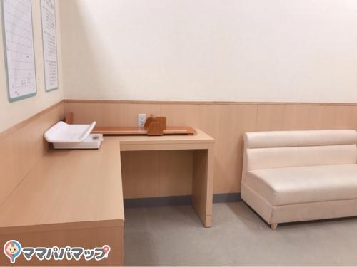 イオンモール浜松市野(2F 専門店中央エレベーター付近)(2F)