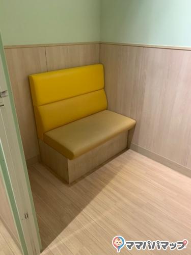 イオンスタイルとなみ(1F 赤ちゃん休憩室)