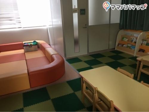 日野市 市民の森ふれあいホール(1F)