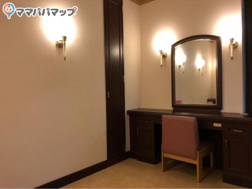岡島百貨店(6階)