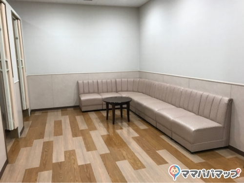神戸三田プレミアム・アウトレット(インフォメーションセンター内(フードギャラリー前))