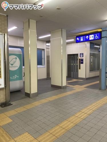 京急富岡駅(改札内)