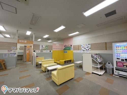 イオンモールりんくう泉南(2階 赤ちゃん休憩室)