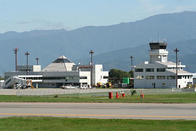 松本空港 image